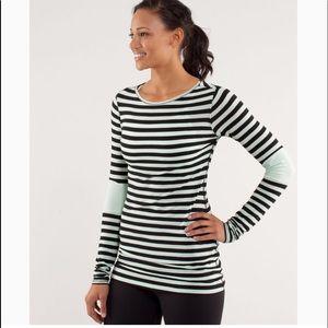 Lululemon 6 mint & black striped long sleeve shirt